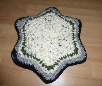 star cushion - back